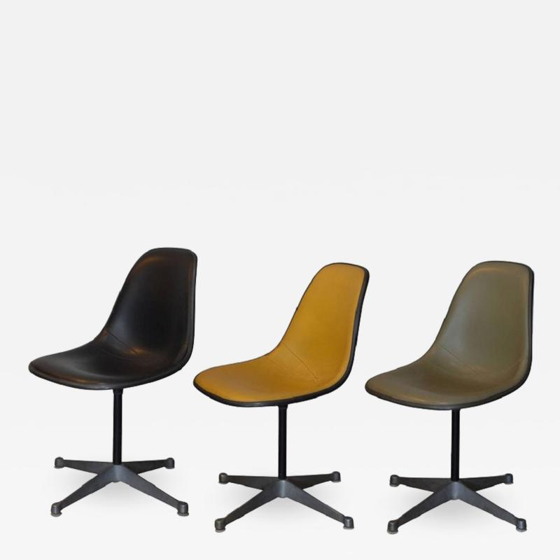 Herman Miller Set of Three Vintage Swiveling Chairs by Eames for Herman Miller