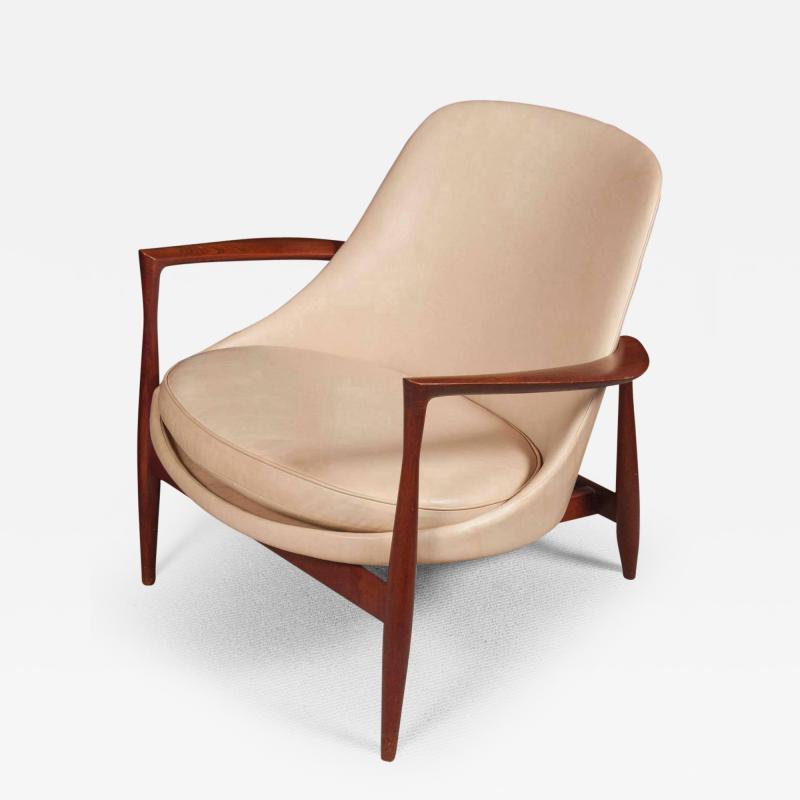 Ib Kofod Larsen Elizabeth Chair by Ib Kofod Larsen in Teak and Leather