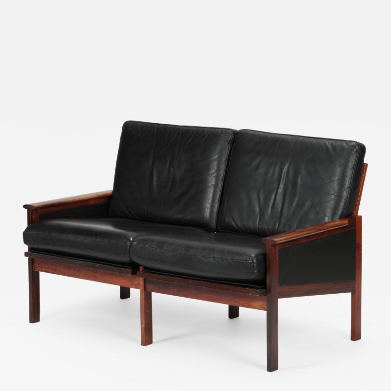 Illum Wikkels Capella 2er sofa leather rosewood Illum Wieklsoe