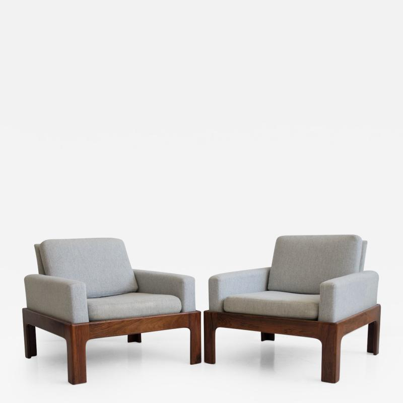 Illum Wikkels Pair of Hardwood Armchairs with Wool Upholstery by Eilersen
