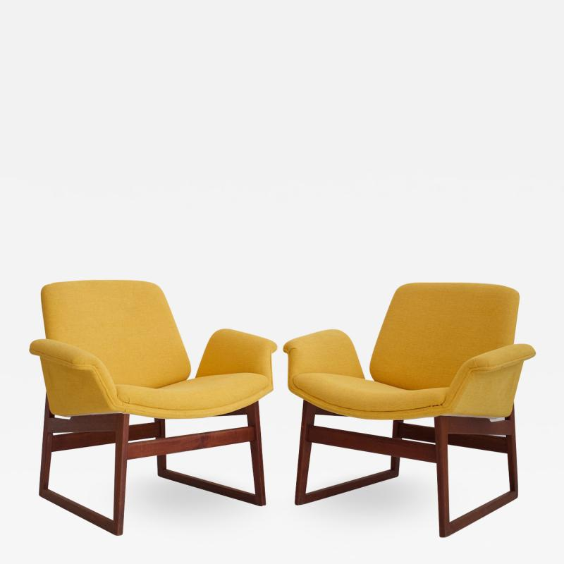 Illum Wikkels Pair of Illum Wikkels Wooden Armchairs with Yellow Covers