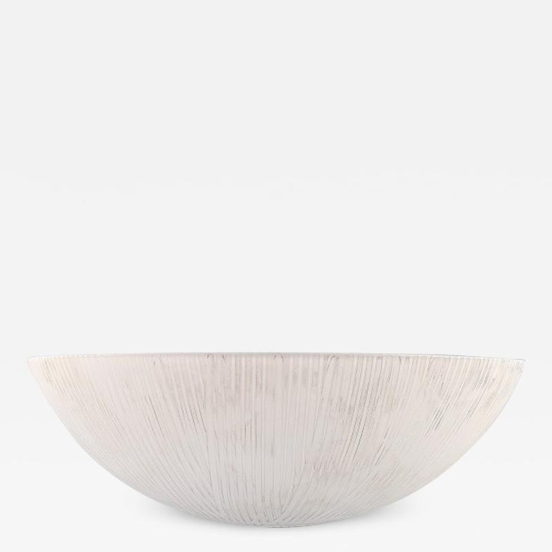 Ingegerd R man Large Savann bowl in milky white art glass