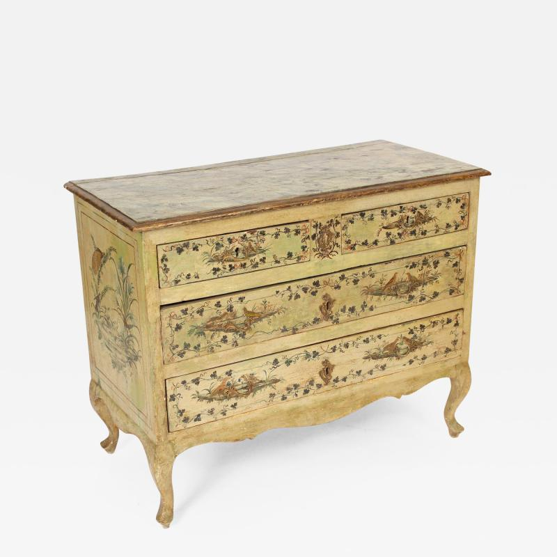 Italian louis xv style painted commode for Chambre style louis xv