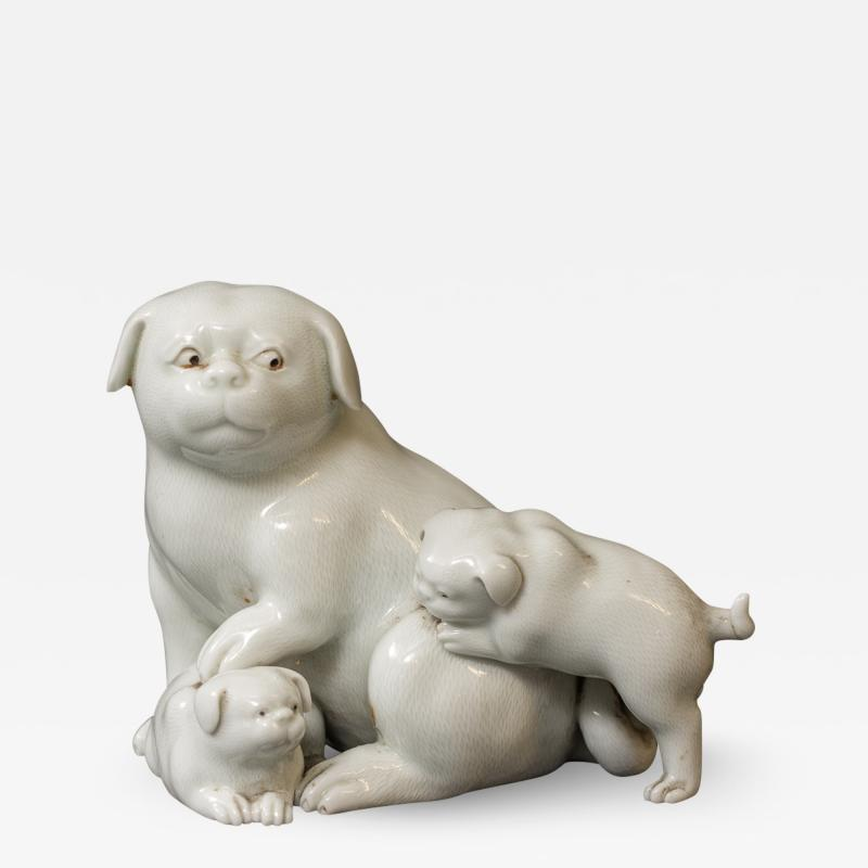 Japanese Edo Period Hirado Porcelain Sculpture of Mother and Puppies