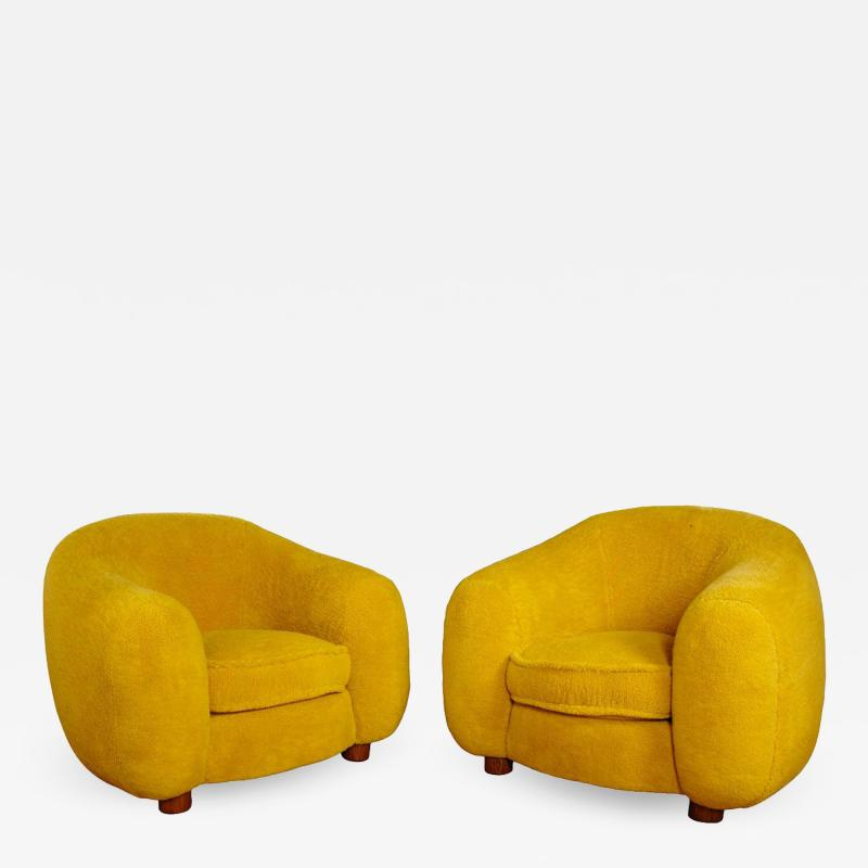 Jean Roy re Jean Roy re Genuine Iconic Ours Polaire pair of chairs in Wool Faux Fur