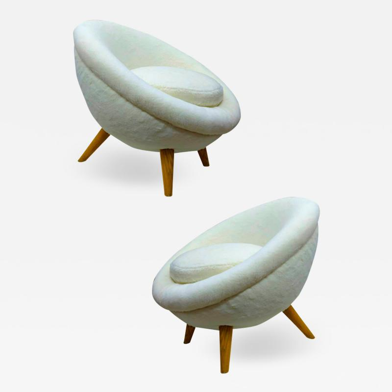 Jean Roy re Jean Royere Genuine documented pair of model Oeuf covered in wool faux fur