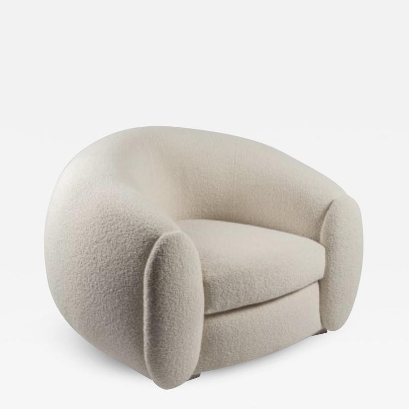 Jean Roy re Polar Bear armchair tribute By Studio Glustin