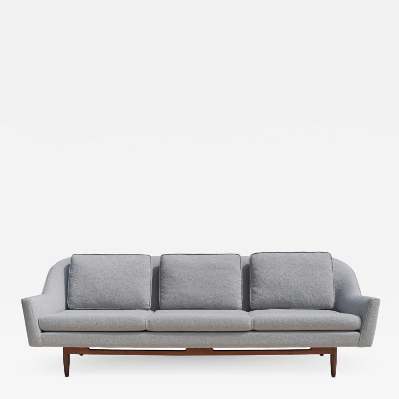 Jens Risom Jens Risom Model 2516 Sofa in Fog Gray Boucl with Walnut Base
