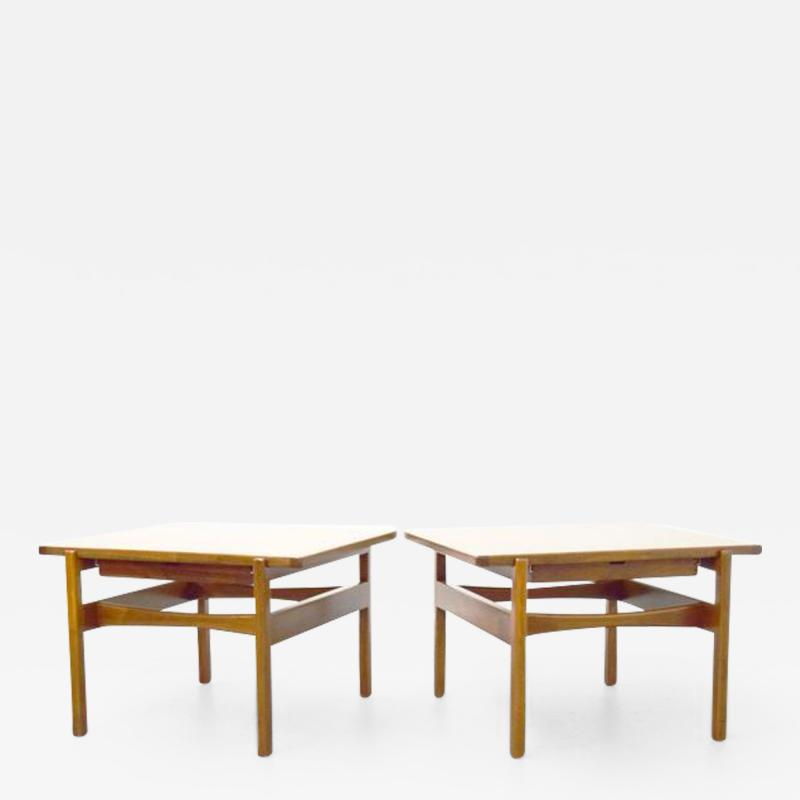 Jens Risom Pair of Jens Risom End Side Tables