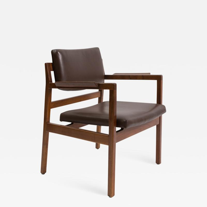 Jens Risom Set of 8 solid walnut and leather Jens Risom dining chairs