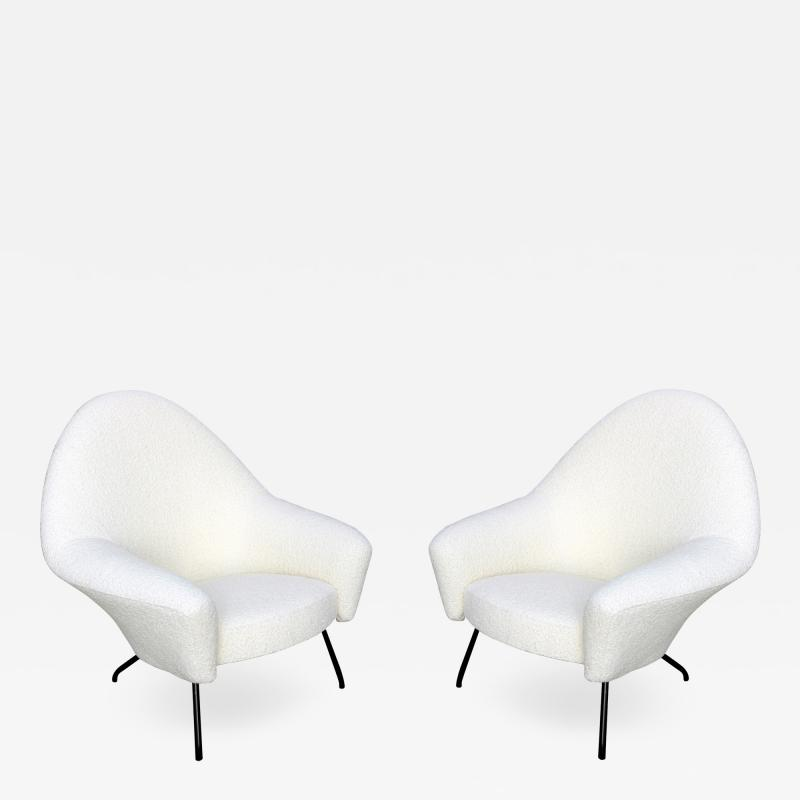 Joseph Andre Motte Pair of armchairs 770 model Joseph Andr Motte for Steiner Circa 1958