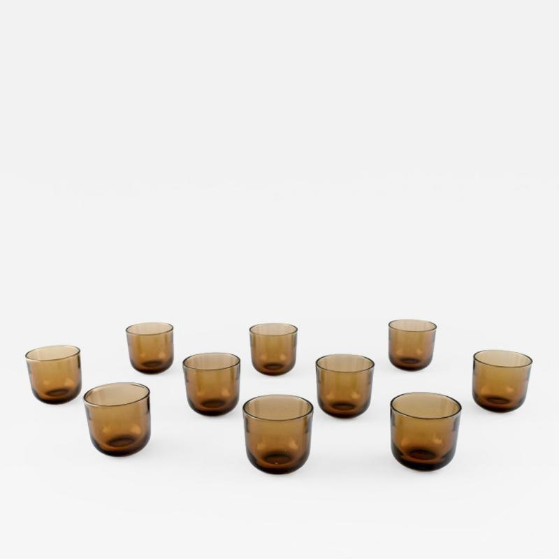 Kaj Franck 10 Fasetti vodka shot glasses in smoke colored mouth blown artificial glass