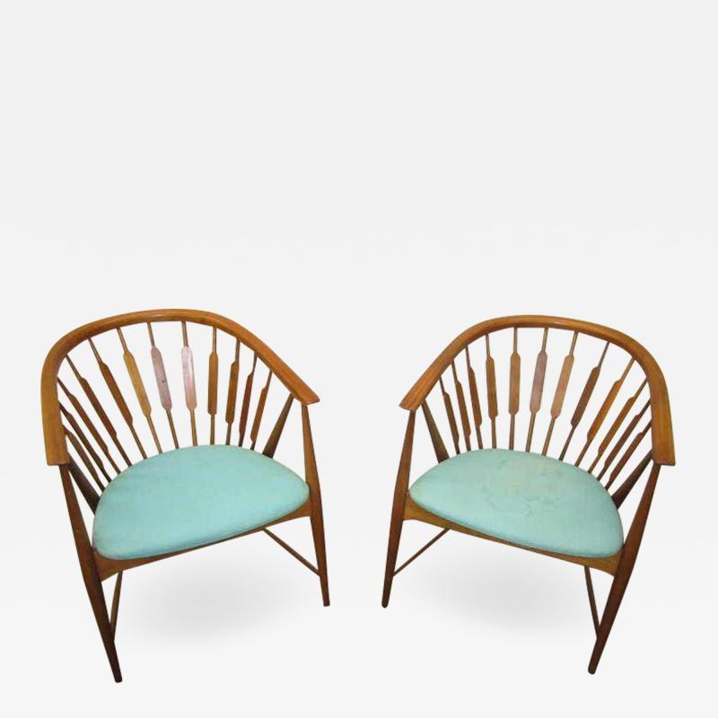 Kipp Stewart Handsome Pair of Kipp Stewart Declaration Lounge Chairs Mid Century Modern