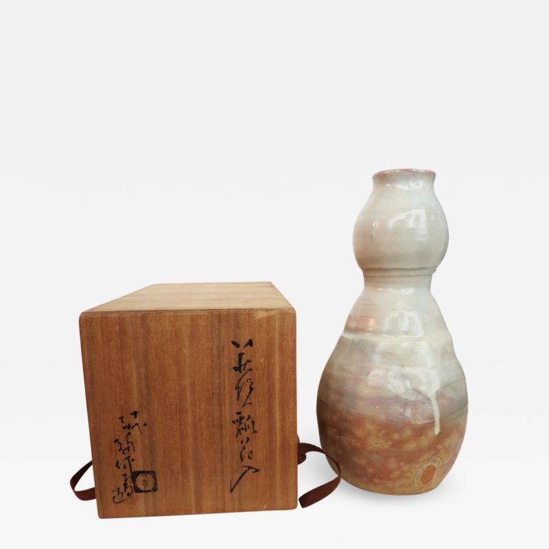 Kyusetsu Miwa X Hagi Ikebana Vase by Kyusetsu Miwa X Japanese Studio Pottery