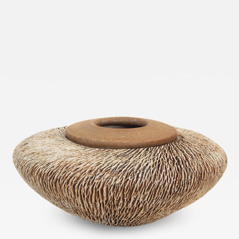 Large Annie Goldman Textured Pot