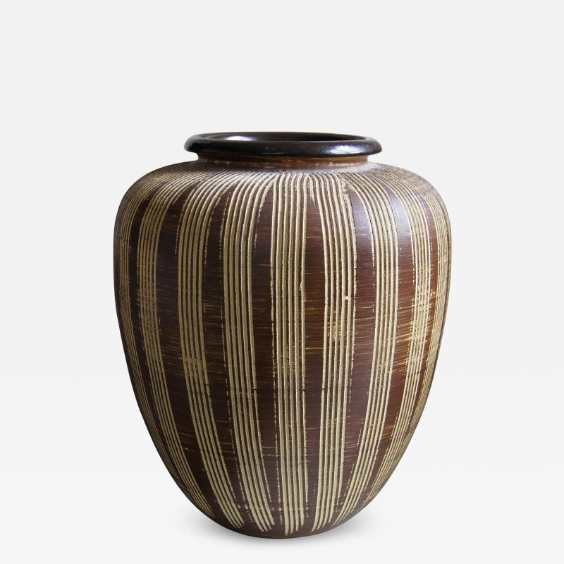 Large German Modernist Vase with Carved Pinstripes