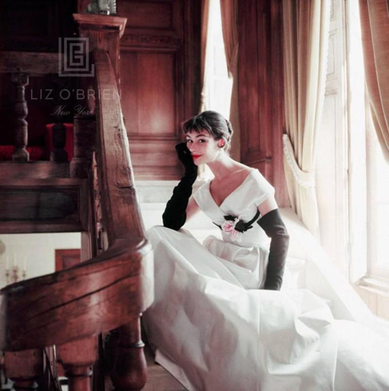 Mark Shaw Romance Heroine White Stairs Close
