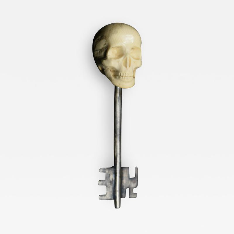 Memento Mori Skull Key Russia 1900