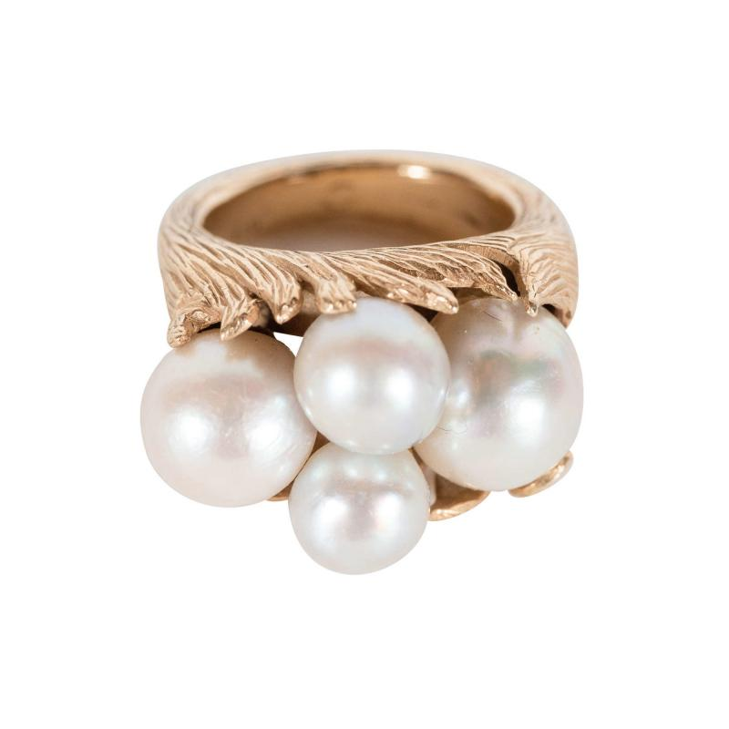 Mid Century Modernist Leaf Design Pearl and Gold Ring