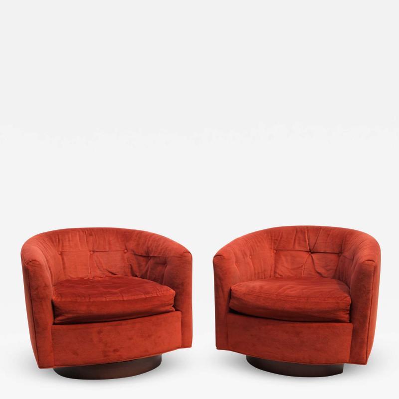 Milo Baughman Pair of Mid Century Modern Tilt Swivel Lounge Chairs Manner of Milo Baughman