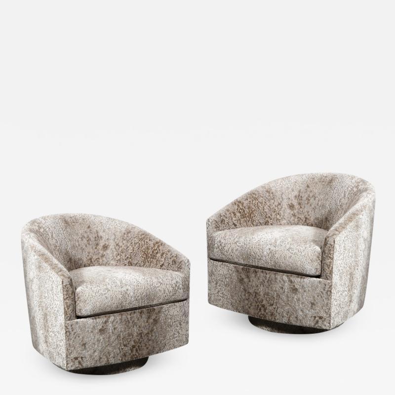 Milo Baughman Pair of Mid Century Swivel Barrel Chairs by Milo Baughman In Holly Hunt Velvet