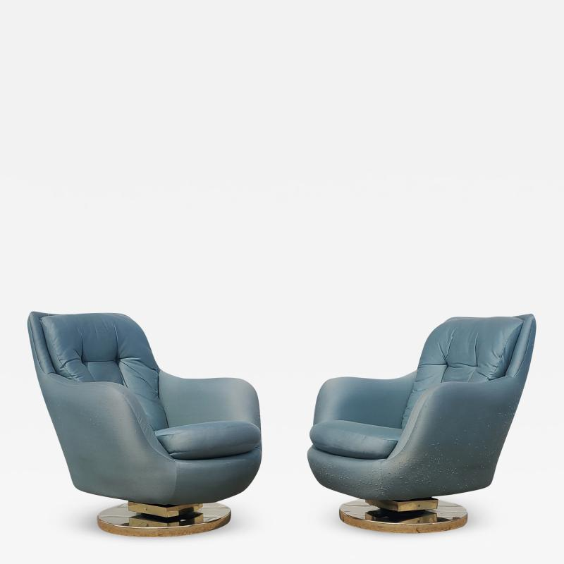 Milo Baughman Pair of Milo Baughman for Thayer Coggin Swivel Tilt Lounge Chairs
