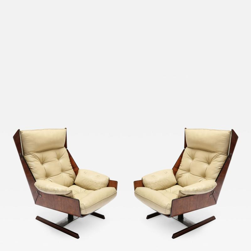 Novo Rumo Pair of Novo Rumo 1960s Brazilian Jacaranda Lounge Chairs
