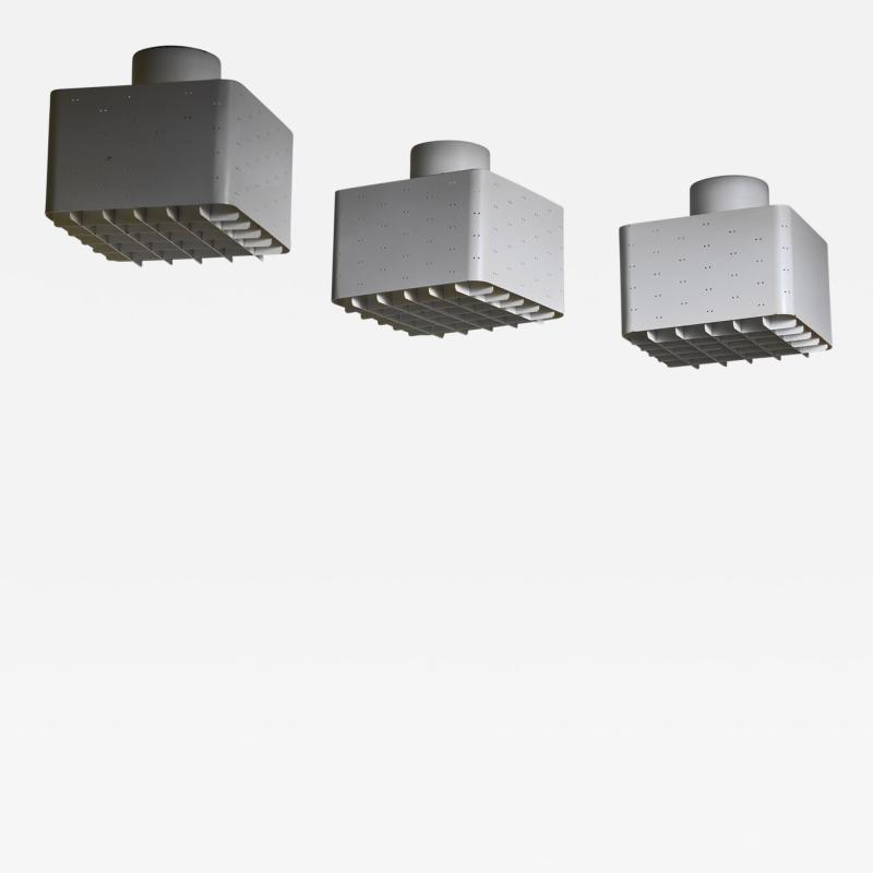 Paavo Tynell Paavo Tynell set of 3 full white metal 9068 ceiling lamps