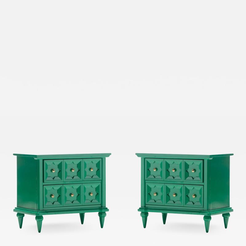 Pair of Hollywood Regency Moroccan Modern Nightstands in Green Lacquer c 1965