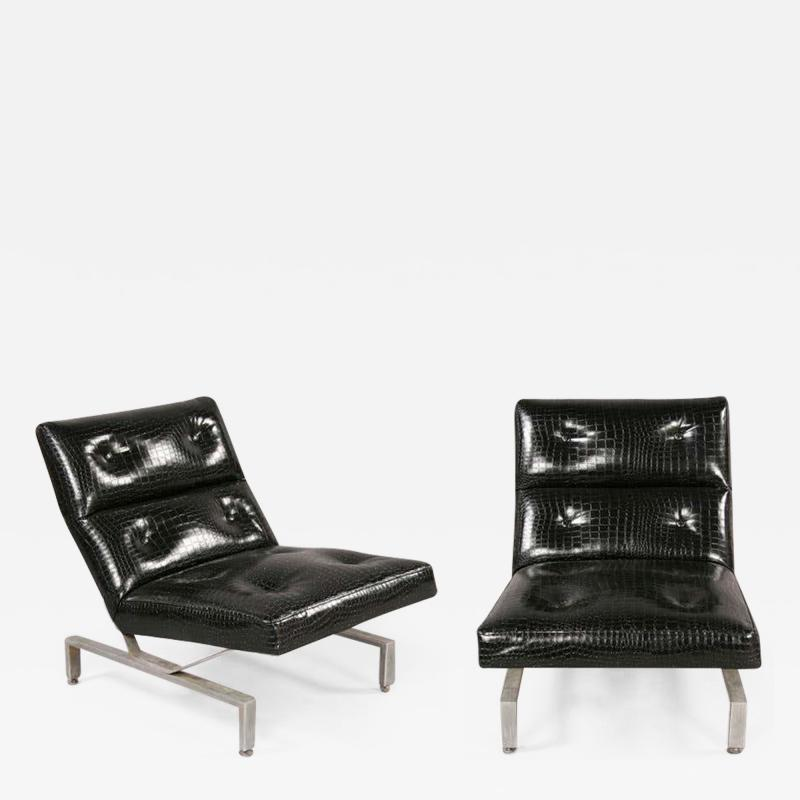Pair of Italian Mid Century Modern Cantilevered Lounge Chairs