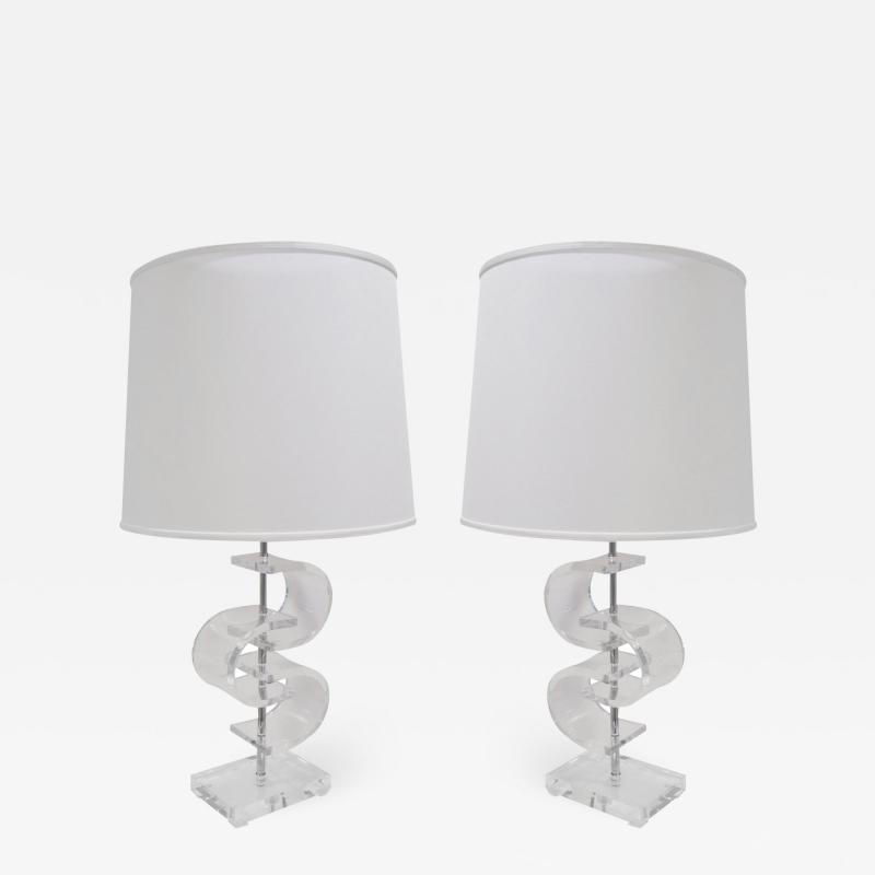 Pair of Sculptural Table Lamps In Lucite 1970s