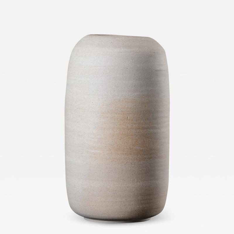 Peter Wilday CYLINDRICAL CERAMIC VESSEL