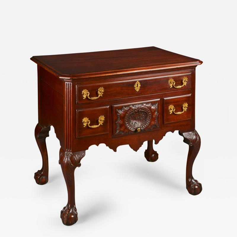 Philadelphia Dressing Table