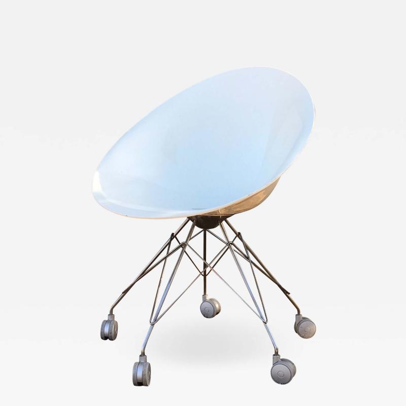 Philippe Starck Eros White Eiffel Swivel Chair Wire Base on Wheels Philippe Starck for Kartell