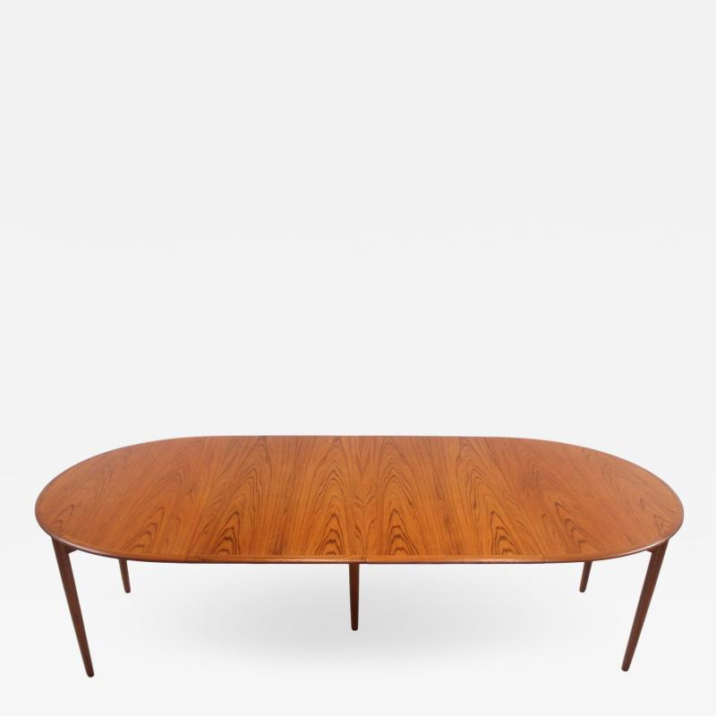 Povl Dinesen Scandinavian Modern Dining Table w Two Leaves by Povl Dineson