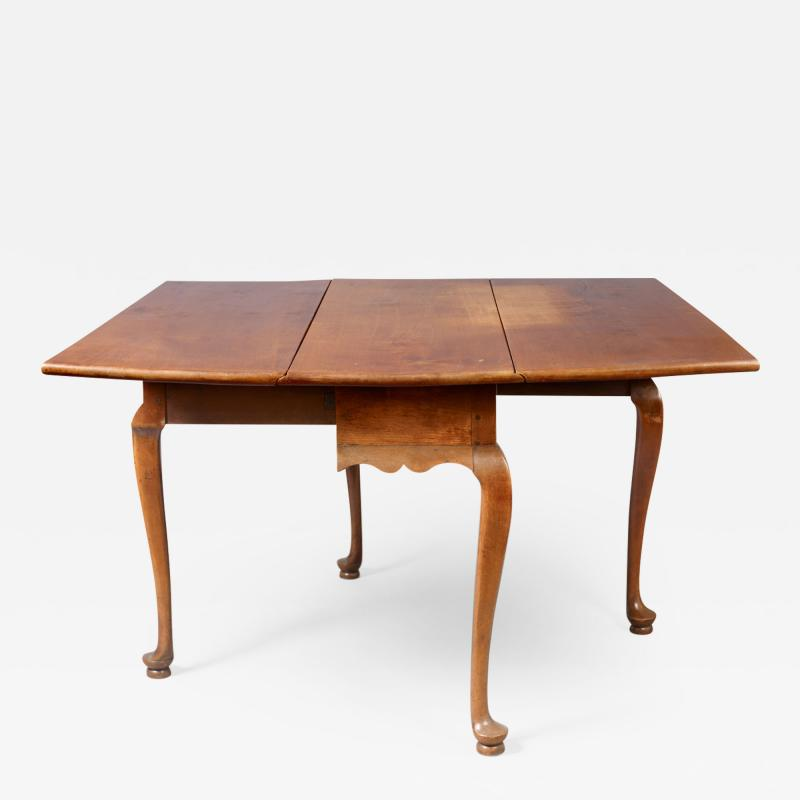 QUEEN ANNE DROP LEAF DINING TABLE