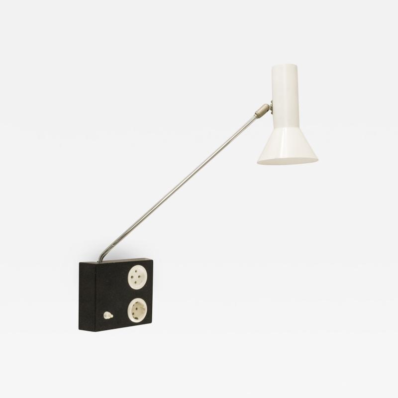 RAAK Adjustable wall lamp No R 58 by Raak Amsterdam 1970s