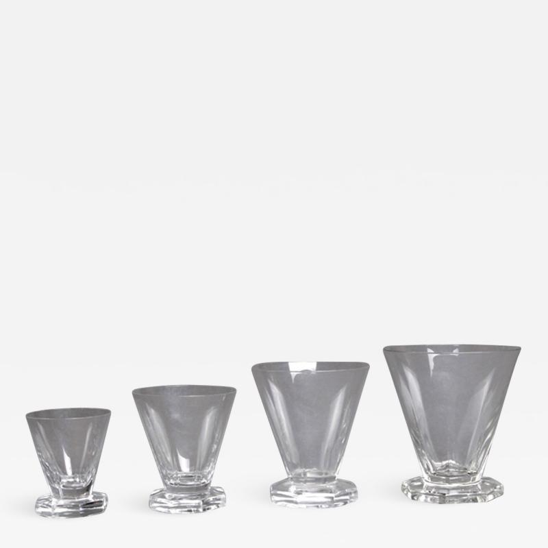 Ren Lalique Lalique Co A Quincy Set Of Glasses By R Lalique Made In 1935