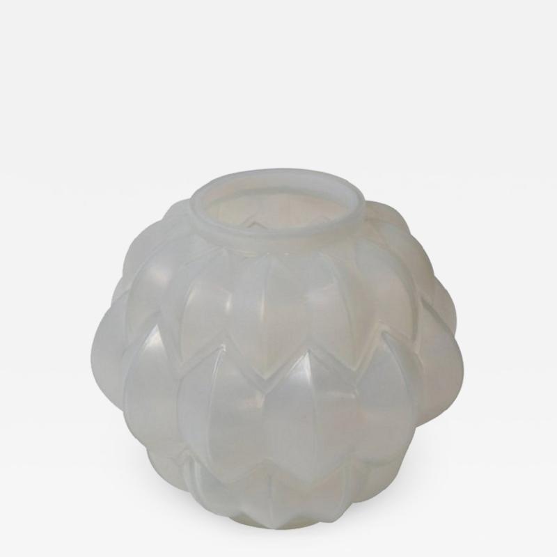 Rene Lalique Opalescent glass vase Nivernais by Ren Lalique