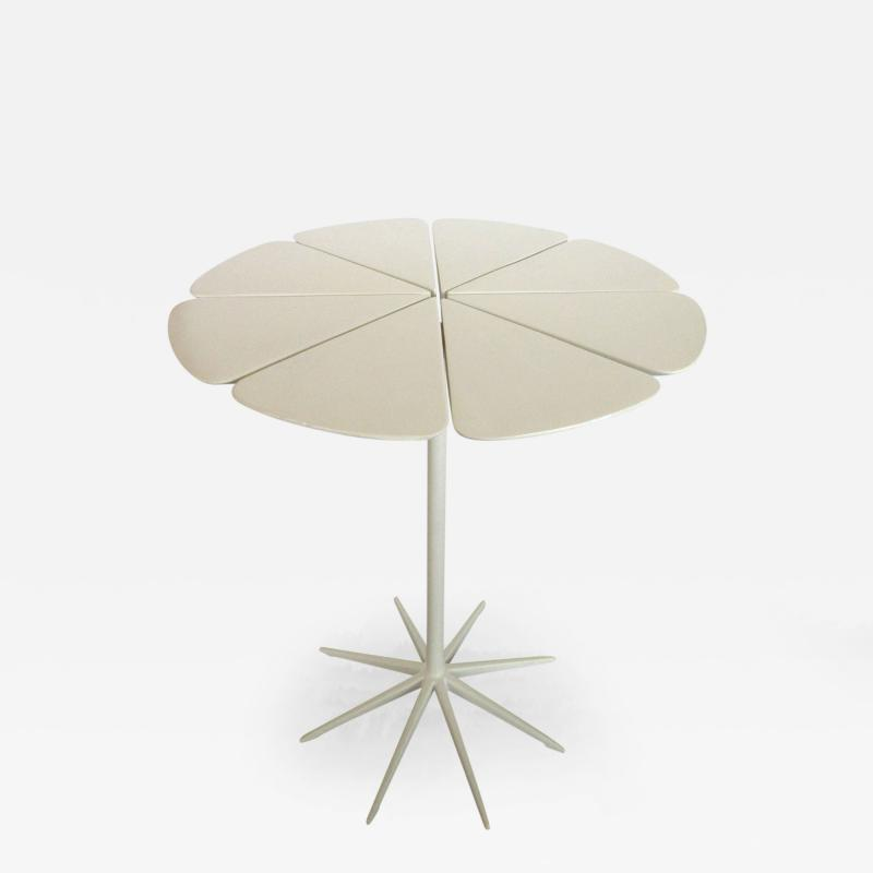 Richard Schultz Vintage White Richard Schultz for Knoll Petal Side Table