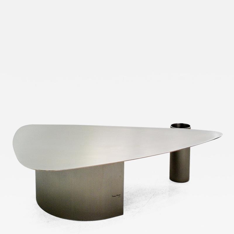 Rodrigo Ohtake Pouso Coffee Table