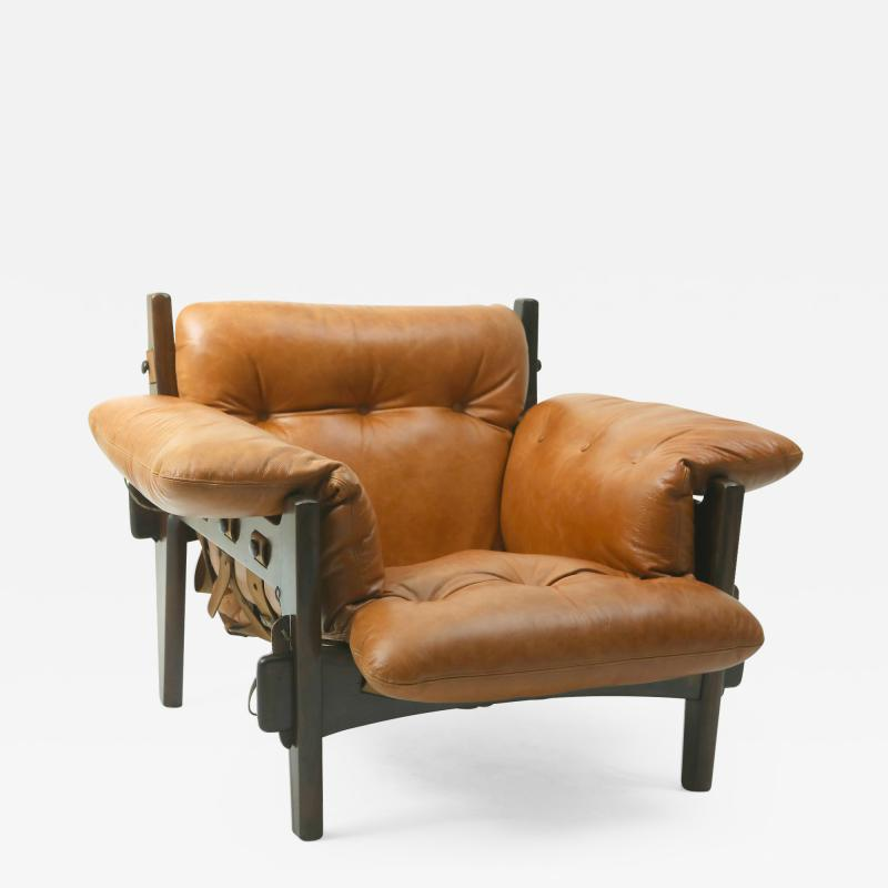 Sergio Rodrigues Mid century modern Moleca armchair by Brazilian designer Sergio Rodrigues