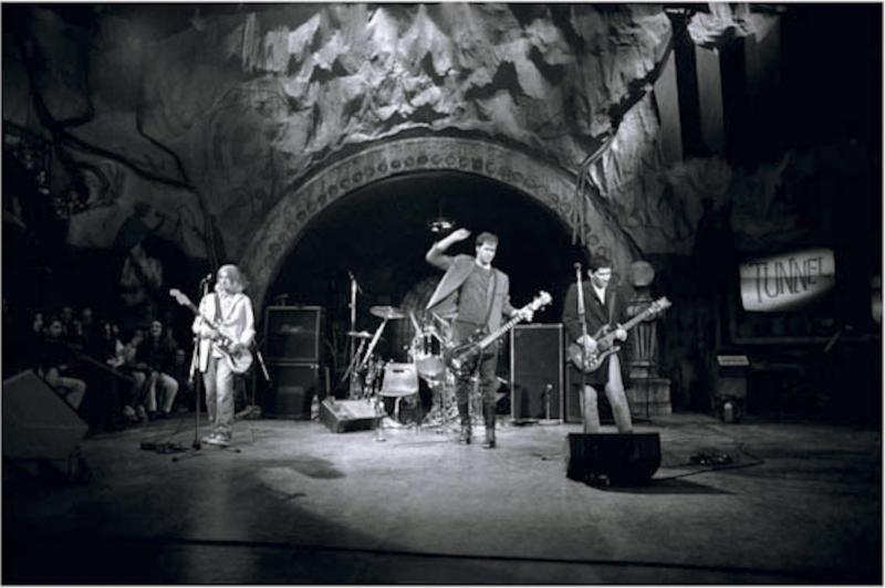 Shelli Hyrkas Nirvana The Tunnel Italian Television
