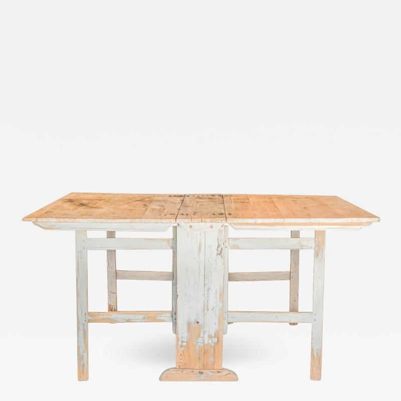 Slagbord Dining Table