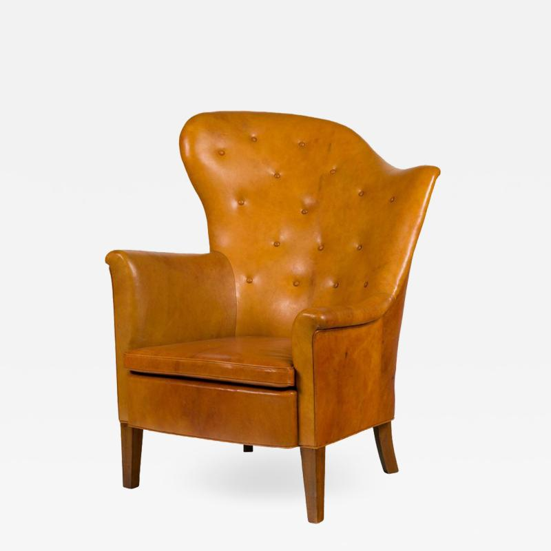 Steen Eiler Rasmussen Asymmetrical Leather Armchair for AJ Iverson Denmark 1936