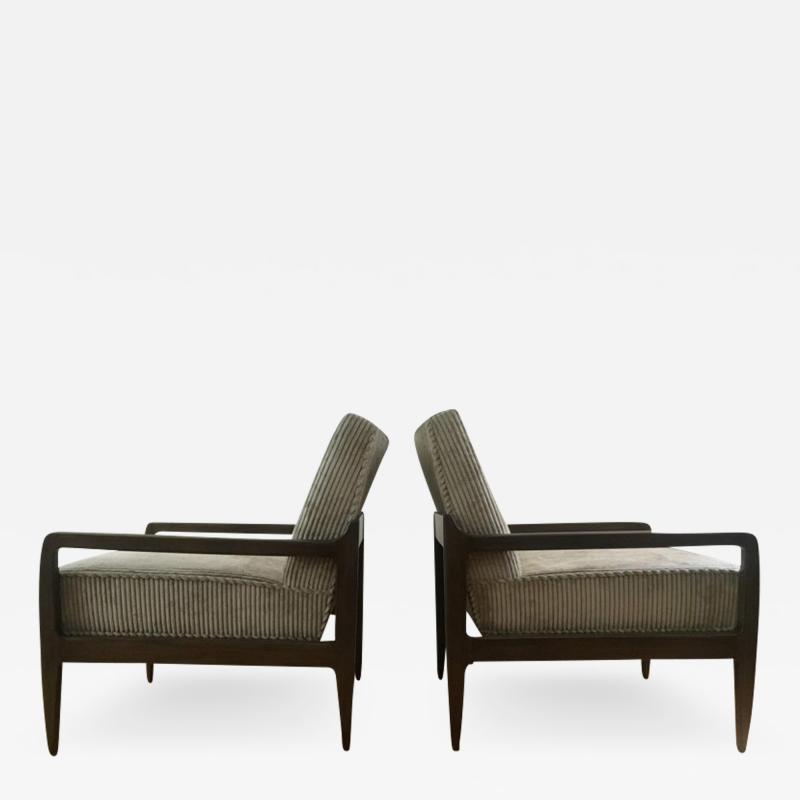T H Robsjohn Gibbings Pair T H Robsjohn Gibbings Style Hand Grained Walnut Lounge Chairs