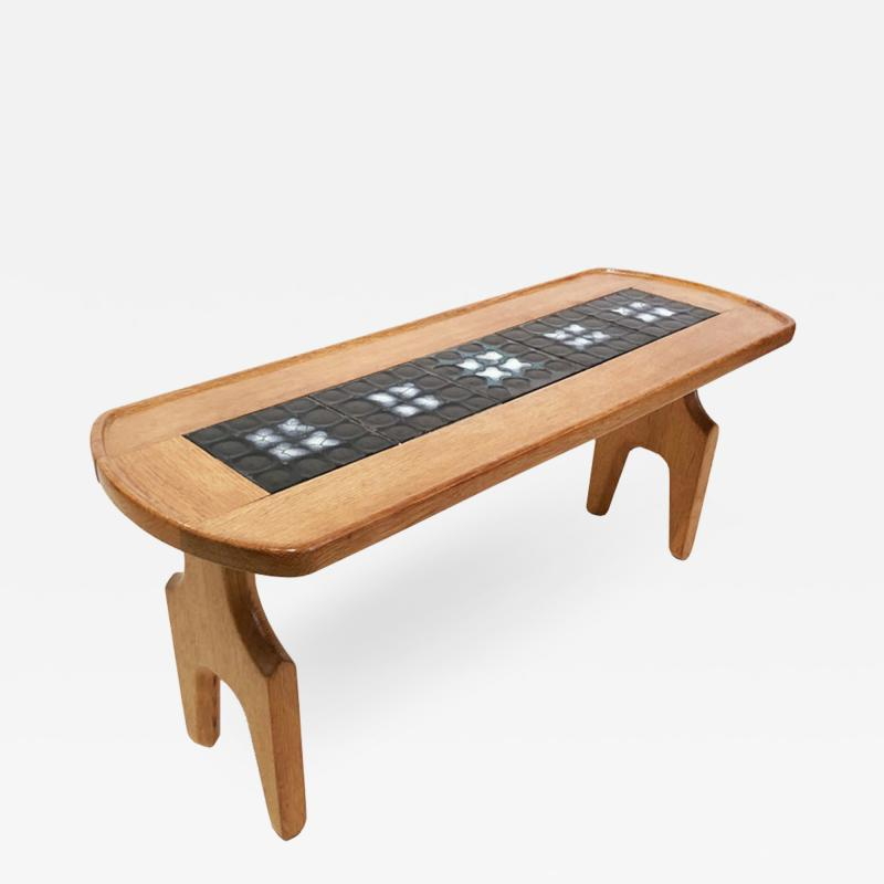 Table by Guillerme et Chambron