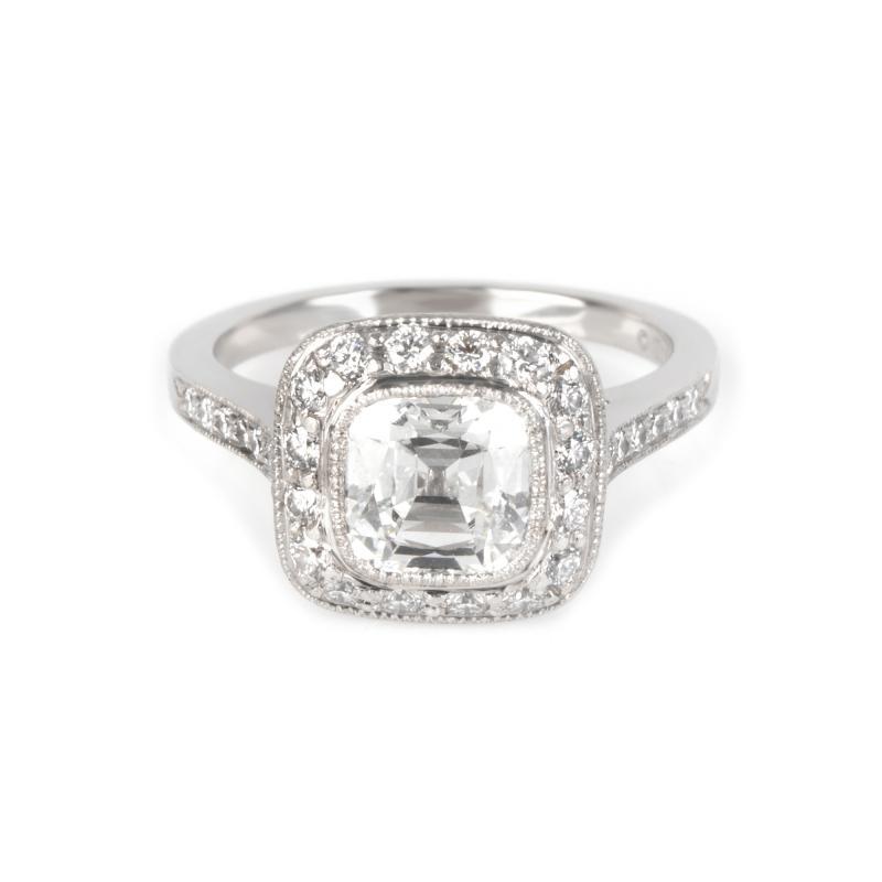 Tiffany Co Legacy Diamond Engagement Ring in Platinum G VS1 1 96 CTW