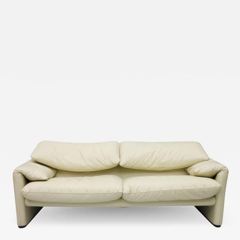 Vico Magistretti Vico Magistretti Maralunga Two Seat Sofa in Cream White Leather Cassina 1973