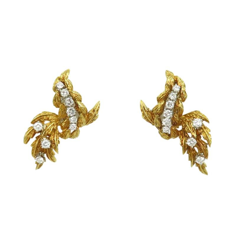 Vintage 18kt gold dangle earrings with diamonds
